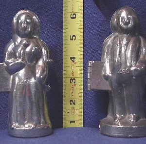 ice cream mold George and Martha Washington
