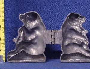 old pewter ice cream mold bear