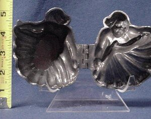 ice cream mold cupid
