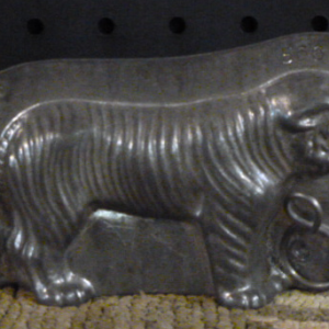 small tiger chocolate mold