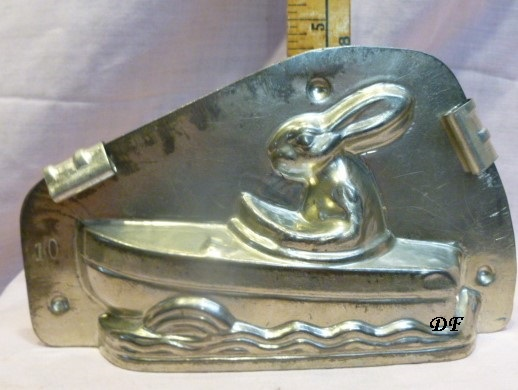 Bunny in boat old metal chocolate mold antique
