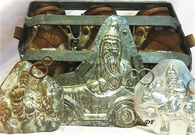 old metal antique chocolate mold santa
